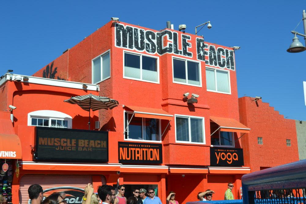 Muscle Beach: La palestra in spiaggia di Venice Beach